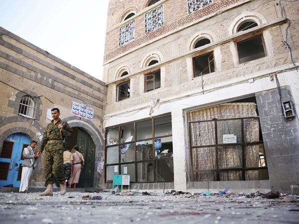 Serangan Bom Bunuh Diri di Masjid Saat Idul Adha, Puluhan Tewas Saat Sholat Ied