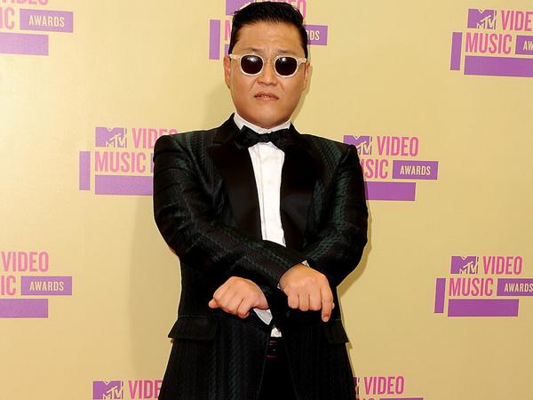 Wah, Jumlah Viewers MV 'Gangnam Style' Psy Buat YouTube Kewalahan?