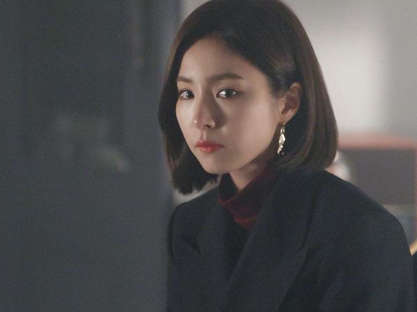 Main Bareng Kim Rae Won di 'Black Knight', Akting Shin Se Kyung Tuai Pujian