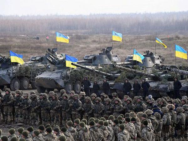 Karena Hal Ini Ukraina Berlakukan Darurat Perang di Perbatasan Rusia