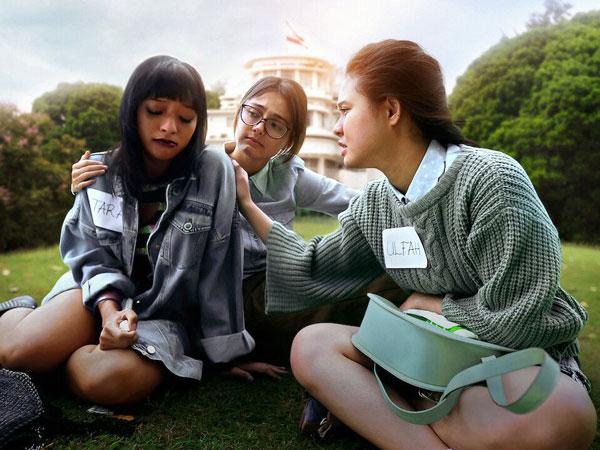 5 Alasan Film Netflix Indonesia A World Without Patut Ditonton
