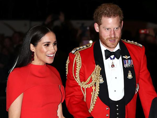 Gaya Serasi Pangeran Harry dan Meghan Markle Terakhir Jalani Tugas Kerajaan
