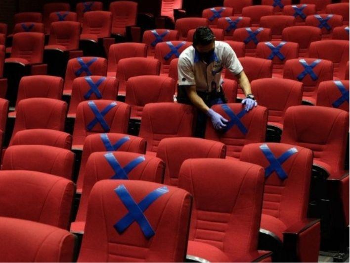 Resmi Dibuka Kembali, Perhatikan Aturan Nonton dan Daftar Film Bioskop Ini