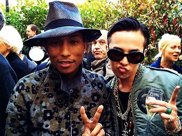 G-Dragon Akhirnya Bertemu Pharrell Williams di Paris!