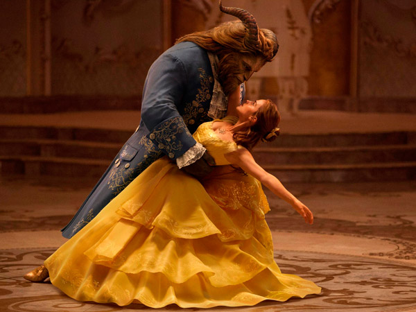 Video Behind The Scene 'Beauty and The Beast' Tunjukkan Anehnya Proses Teknik CGI