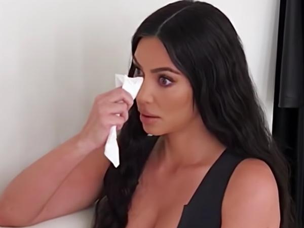 Tes Darah Positif Penyakit Lupus, Kim Kardashian Menangis