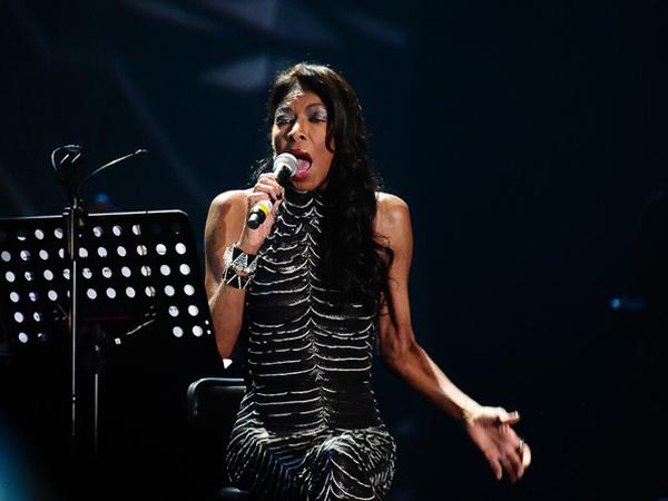 Penyanyi Legendaris Natalie Cole Tutup Usia di 65 Tahun