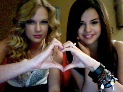 Selena Gomez Inginkan Berduet Dengan Taylor Swift