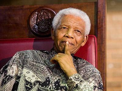 Cinta Batik, Mandela Banyak Kenalkan Ke Dunia Internasional