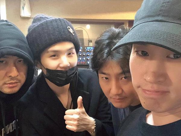 Epik High Hang-out Bareng Suga BTS Bikin Heboh, Fans Harapkan Kolaborasi