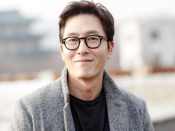 Foto dan Kronologi Mobil Kim Joo Hyuk yang Terguling Lalu Terbakar