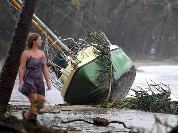 Kapal Pindah ke Daratan, Begini Dahsyatnya Topan Debbie di Australia