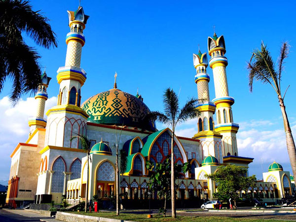 22Islamic-Center-Mataram-3.jpg