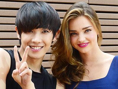 Lee Joon MBLAQ Tampil Bersama Miranda Kerr Dalam SNL Korea