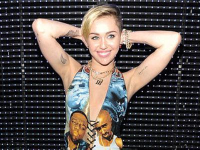Tak Peduli Kritik, Miley Cyrus Tetap Promokan Tur 'Bangerz'-nya di Twitter
