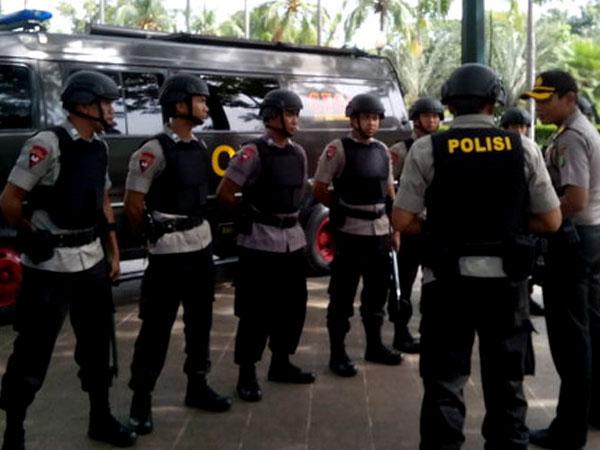 Kantor Balai Kota DKI Jakarta Diancam Teror Bom, Pasukan Gegana Lakukan Pengamanan