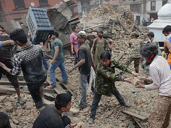 Gempa Susulan Setiap 30 Menit, Korban Tewas Gempa Nepal Capai 4.100 Orang