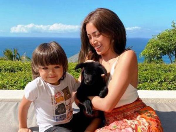 Richard Kyle Susul ke Bali Temani El Barack Sekolah, Jessica Iskandar Nangis
