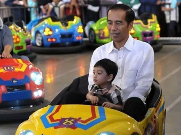 Jengahnya Jokowi Dituding Jan Ethes Adalah Bahan Kampanye: Dia Itu Cucu Saya!