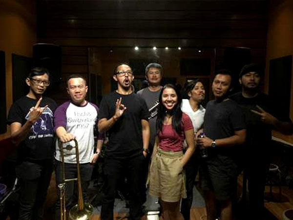 Rilis Single Baru, Mocca Bakal Kolaborasi Bareng Vicky Burgerkill!