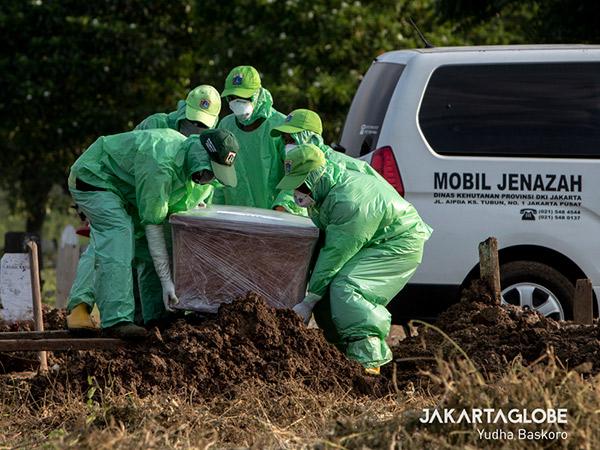 Prihatin, Angka Kematian Pasien COVID-19 di Indonesia Tertinggi Se-ASEAN