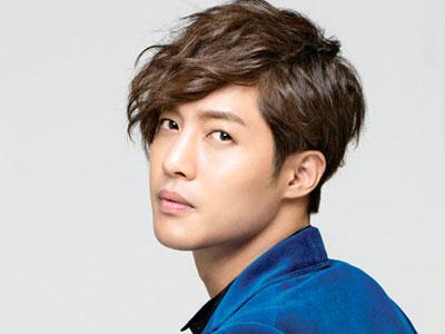 Kim Hyun Joong Akan Tinggalkan 'Barefoot Friends'
