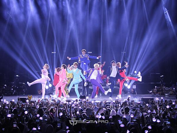 Intip Lagi Momen-momen Menarik Konser Seventeen 'Diamond Edge 2017', Yuk!