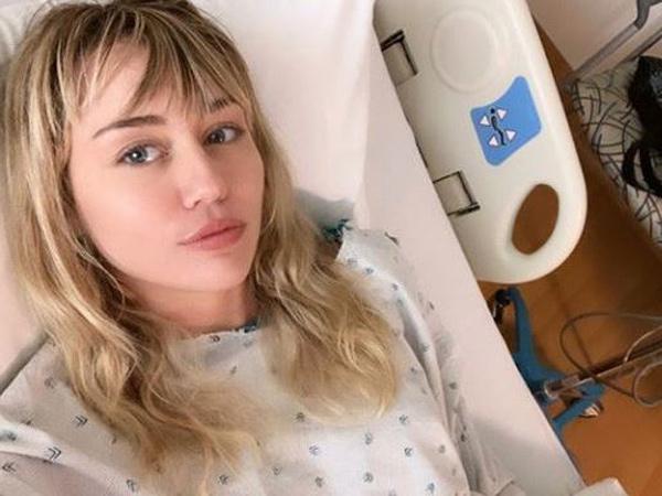 Miley Cyrus Dirawat di Rumah Sakit, Cody Simpson Beri Perhatian Romantis