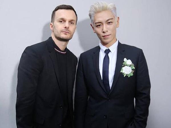 T.O.P Duduk di Baris Depan Fashion Show Fall 2016 Dior Homme di Paris