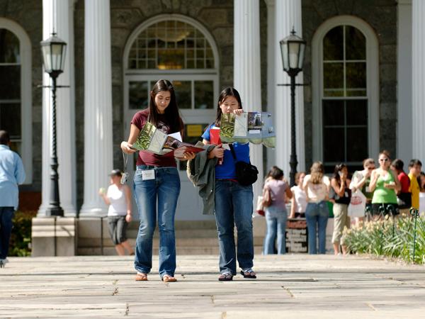 Tentukan Karir, Simak Tips Pilih Jurusan yang Tepat Saat Masuk Kuliah