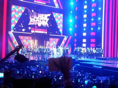 Music Bank Jakarta Sukses Gemparkan Gelora Bung Karno! (Part II)