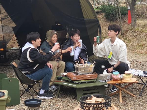 Curhat Soal Masa Sulit, Ahn Jae Hyun Pesan Seperti Ini ke P.O Block B