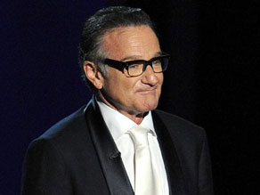 Empat Piala Golden Globe Milik Mendiang Legendaris Robin Williams Akan Dilelang
