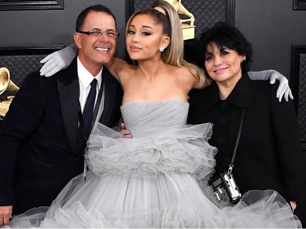 Ariana Grande dan Dalton Gomez Tunangan, Keluarga Ungkap Rasa Bahagia