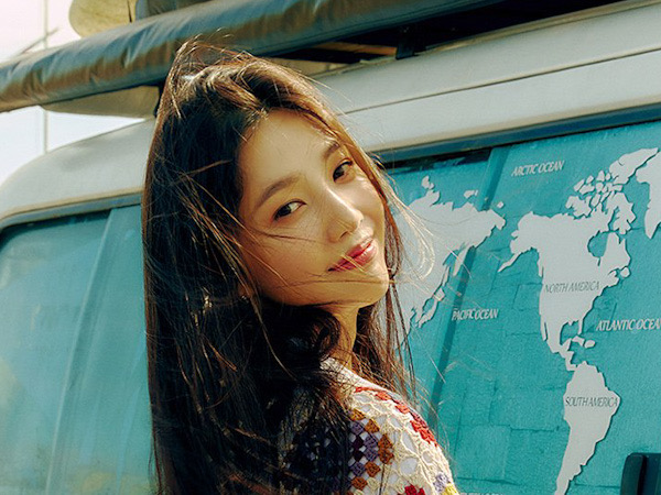 Joy Red Velvet Ceria Lepas Rasa Galau di MV Debut Solo 'Hello'