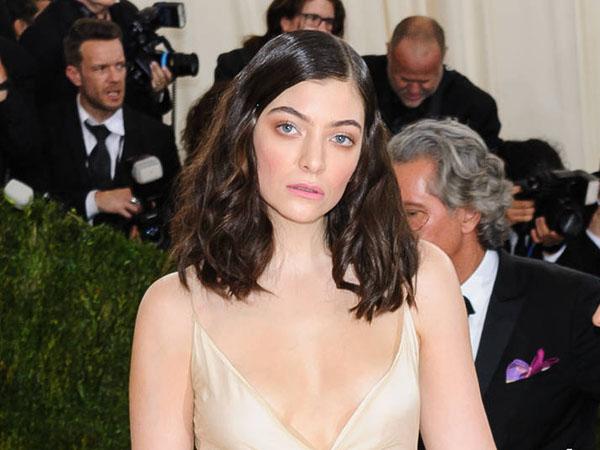 Lama Tak Garap Album Baru, Lorde Disindir Penggemar di Media Sosial