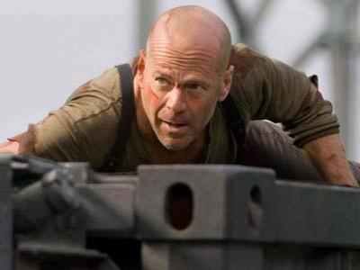 Die Hard 5, Bruce Willis Selamatkan Putranya