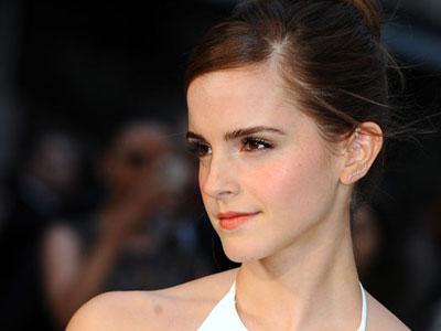 Tak Jadi Aktris, Emma Watson Akan Beralih Jadi Pelatih Yoga?