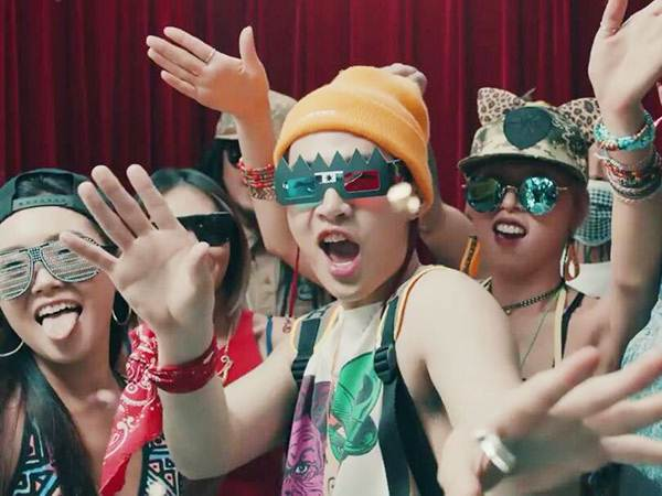 Henry Pilih Berpesta Ria Usai Putus Cinta di MV 'I'm Good'