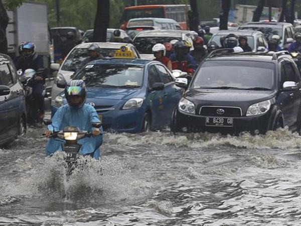 Ini Hal-Hal Yang Jadi Ciri Khas Musim Hujan di Indonesia