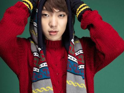 Solois Kang Seung Yoon Jadi Salah Satu Member Boyband Baru YG Entertainment?