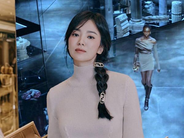 Penampilan Terbaru Song Hye Kyo Makin Awet Muda Serasa Remaja