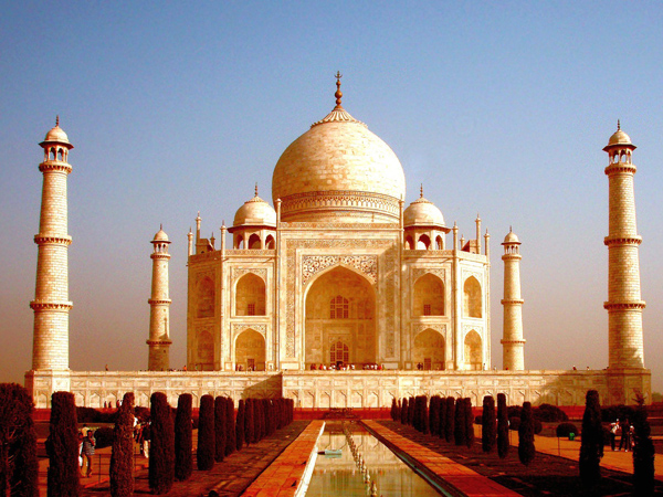 Hubungannya Tak Direstui, Pasangan Hindu-Muslim Coba Bunuh Diri di Taj Mahal