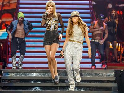 Taylor Swift dan Jennifer Lopez Bermusuhan Usai Nyanyi Bareng?