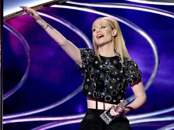 Inilah Para Musisi Peraih Penghargaan di People's Choice Awards 2015 Kategori Musik