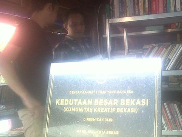 """Gerah Di-bully, Bekasi Bangun """"Kedutaan Besar"""" dan Diresmikan Wakil Walikota"""