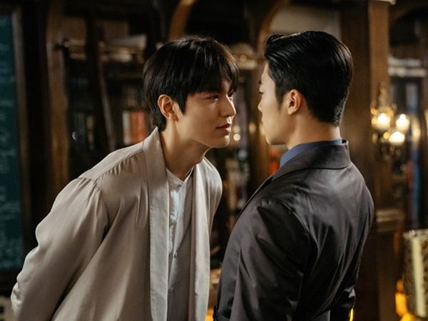 Lee Min Ho dan Woo Do Hwan Unjuk Chemistry Bromance di Drama 'The King: Eternal Monarch'