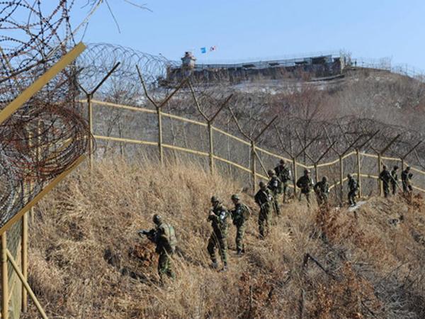 Tentara Korut Terobos Perbatasan dan Membelot ke Seoul