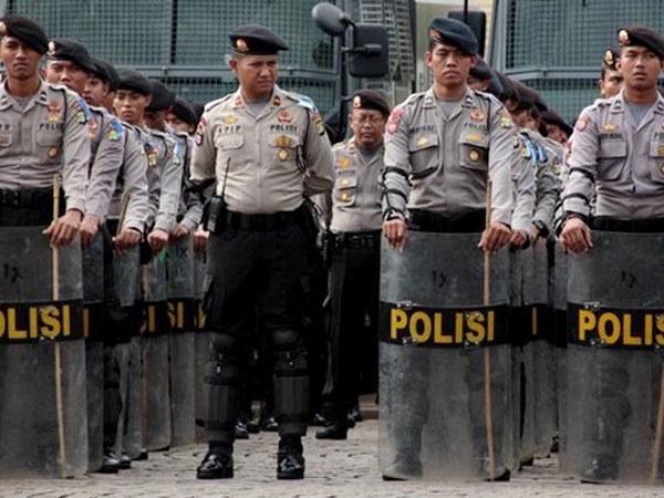 Ratusan Anggota Polisi Siap Amankan Paskah dan Libur Panjang