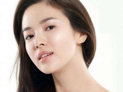 Song Hye Gyo Ingin Main Dalam Film Komedi-Romantis